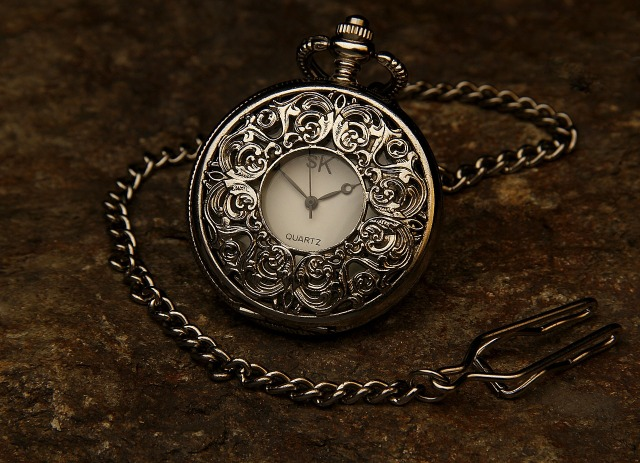 pocket-watch-560937_1280.jpg