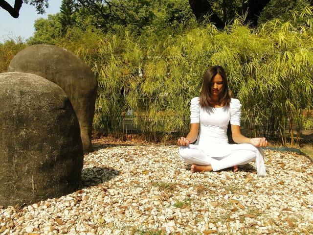 yoga-179630_1280.jpg